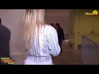 Jenny Scordamaglia_-_Sexy_Walk_Ass_And_Nipples