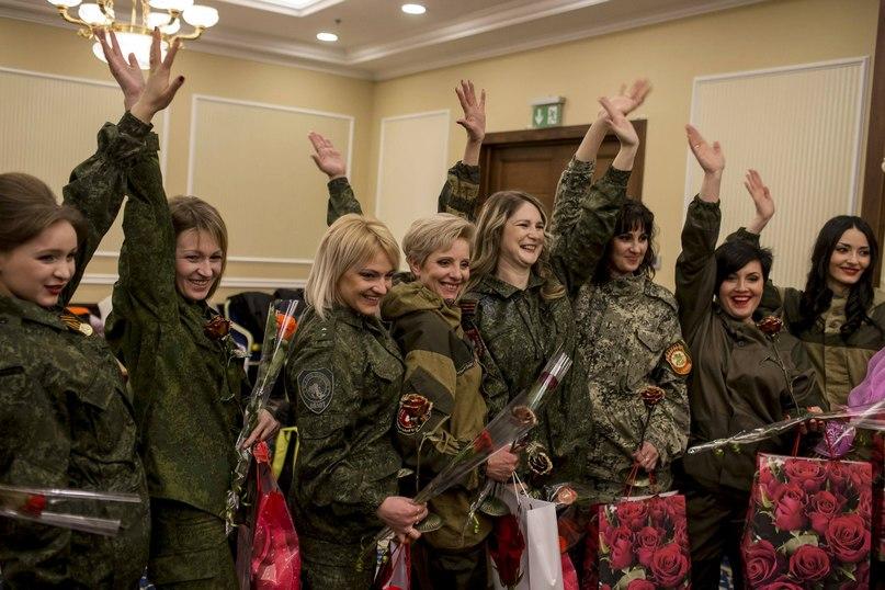 Восьмое марта в Донецке. Фото Ройтерс