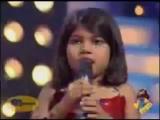девочка просит танцевать Митхуна Чакраборти
