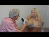 Canadian reporter goes topless during her interview with local mayor