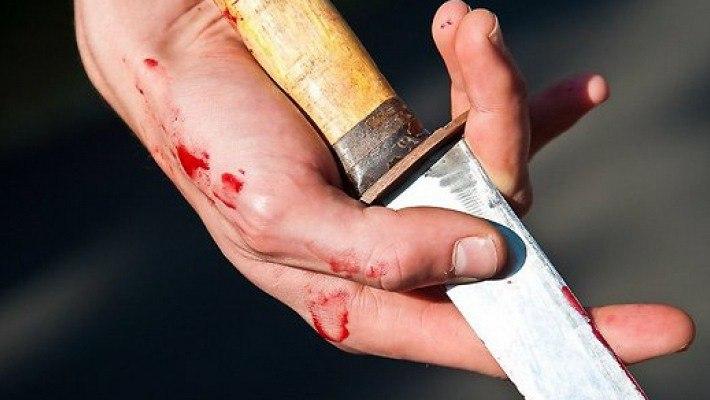 Таганрожец во время ссоры изрезал свою супругу