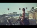 Голая актриса Александра Бортич на улицах Москвы +18