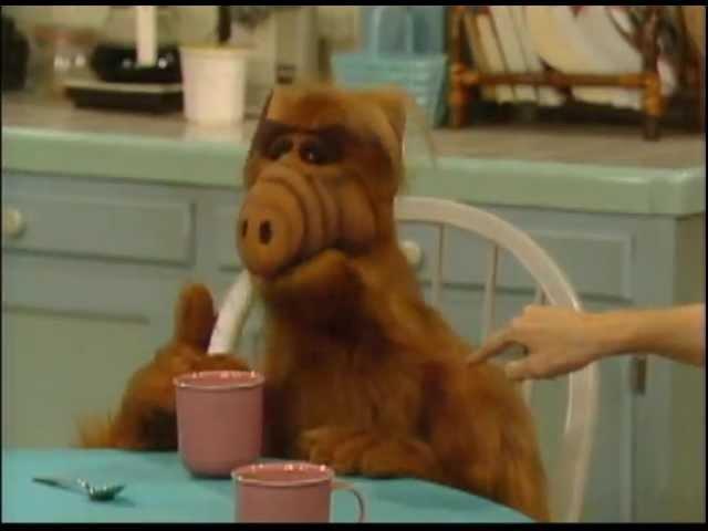 Alf - Альф_Здорова бабуля!