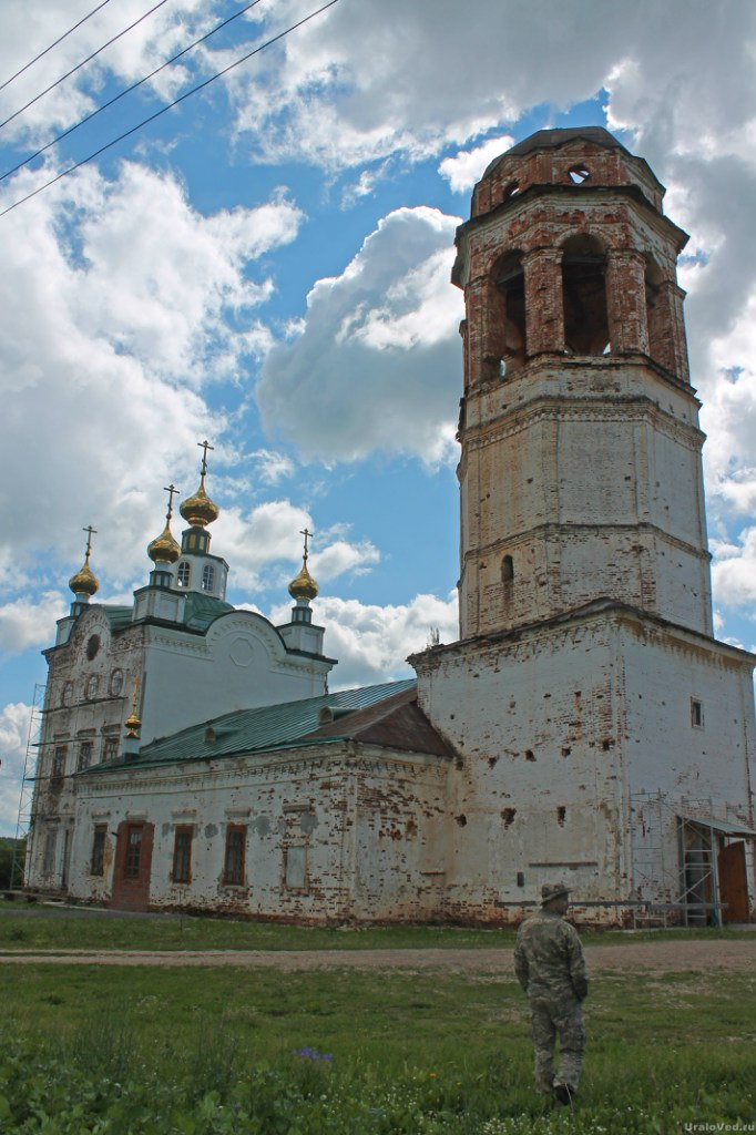 Церковь в селе Ключи