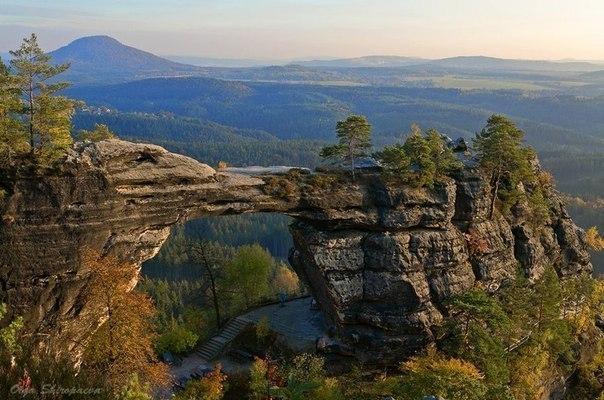 Правчицкие ворота - самые большие скальные ворота Эльбских Песчаниковых гор, Чехия.
