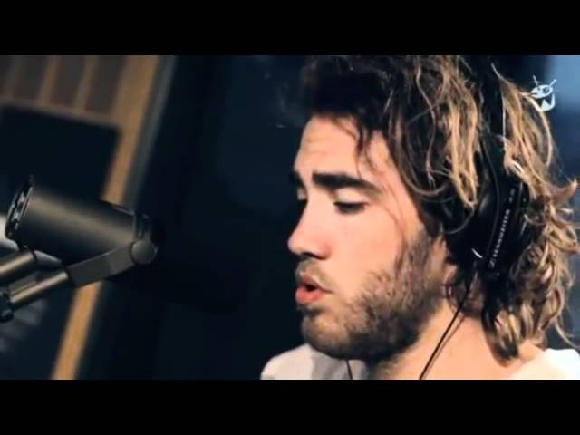 Matt Corby - Lonely Boy (The Black Keys Cover)