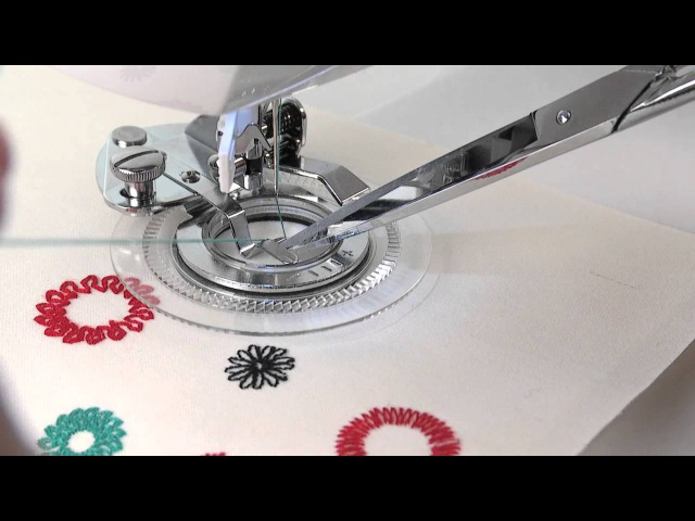 SINGER® Flower Stitch Presser Foot Attachment Tutorial