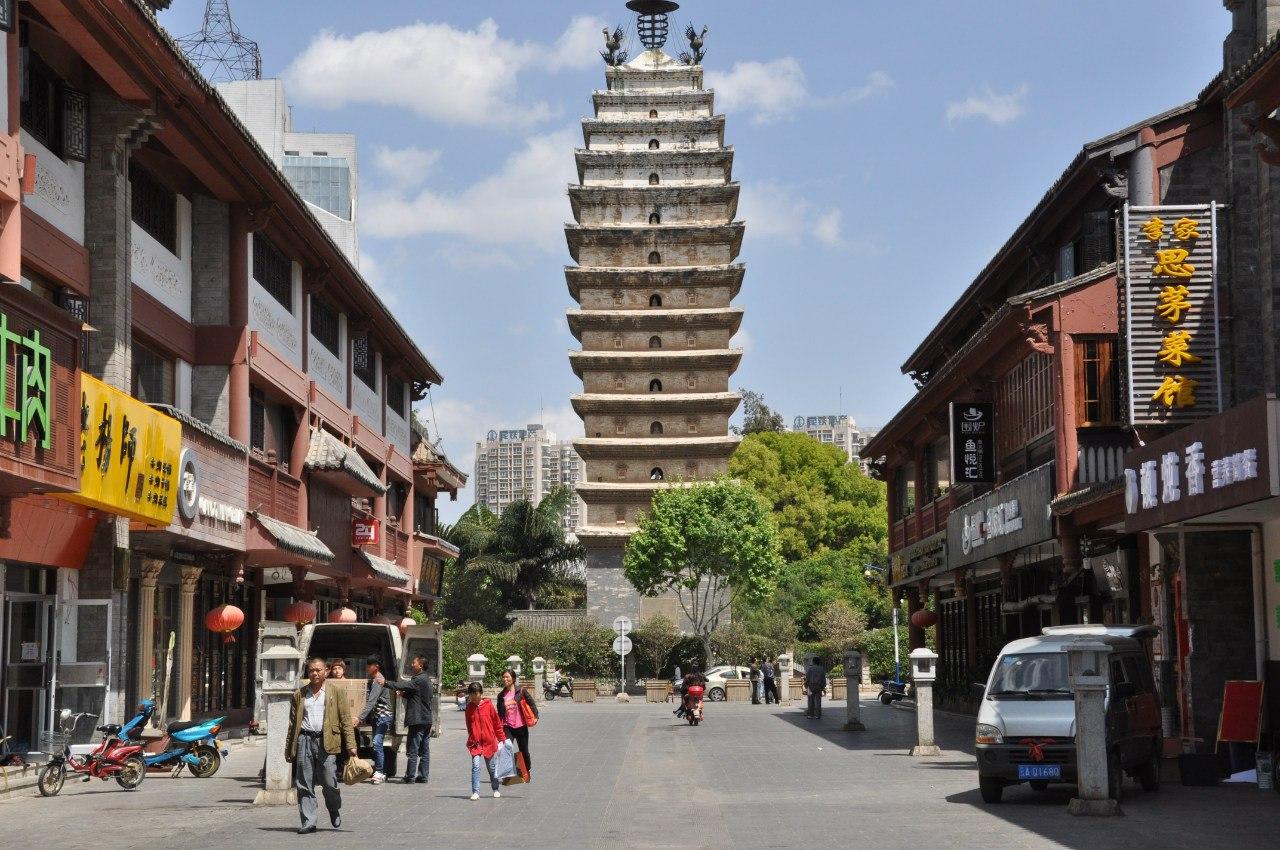 Восточная пагода