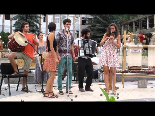 Leylum Collectif Medz Bazar Dilijan Live