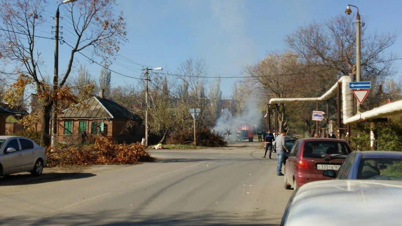 Власти Таганрога не спешат с уборкой города от последствий урагана