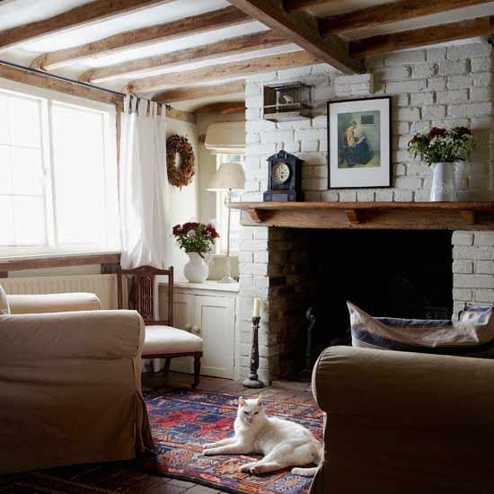 Гостиная в деревенском доме дизайн