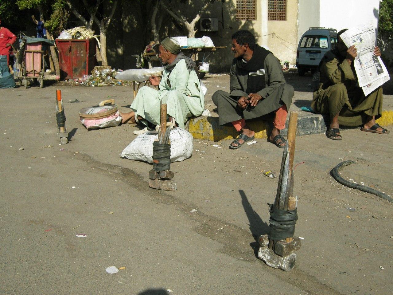 Биржа труда в Хургаде (Египет)