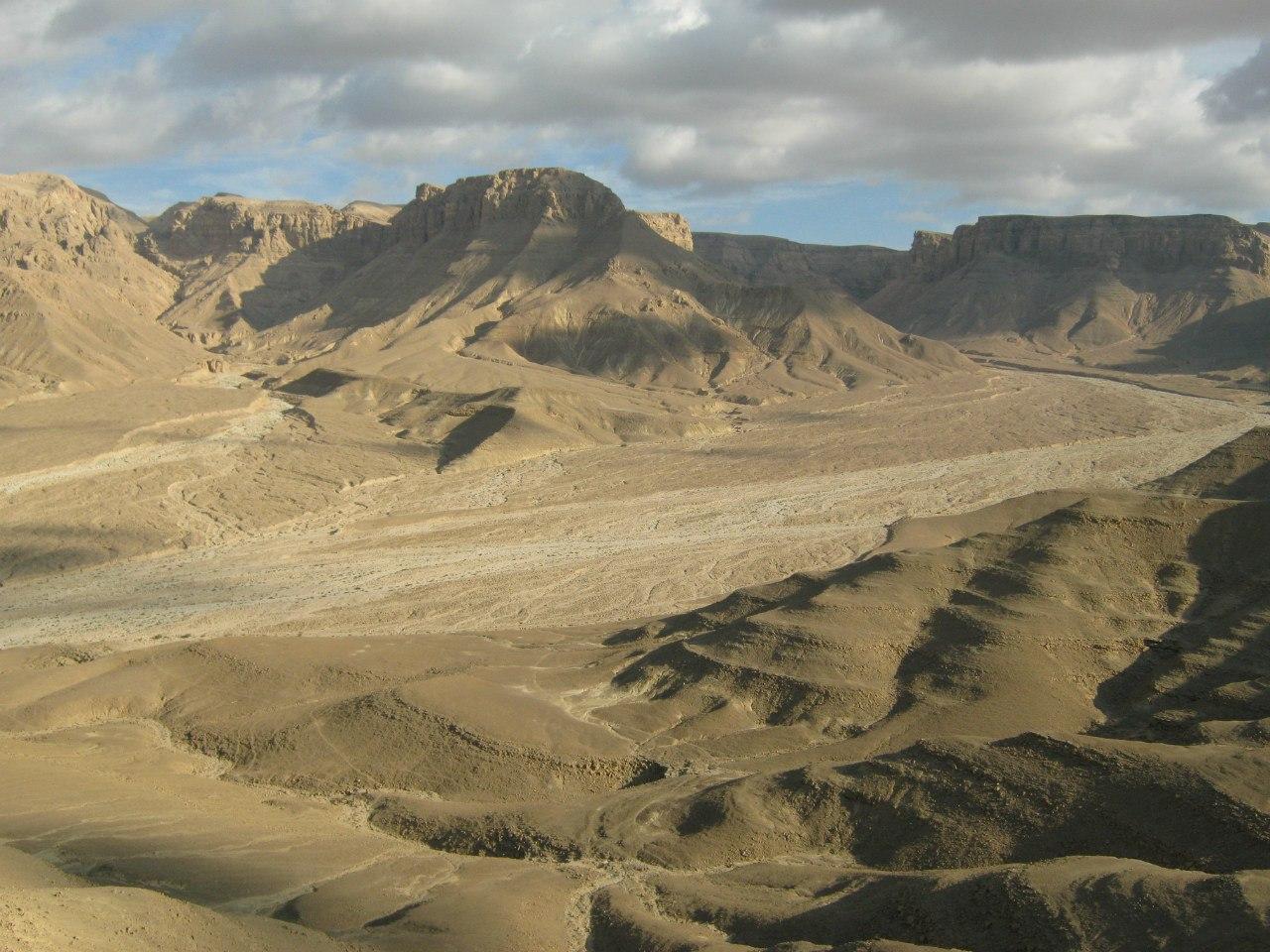 Пейзажи вокруг монастыря Святого Антония в Египте