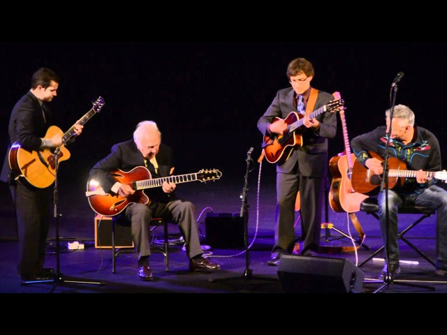 Tommy Emmanuel and Friends - Playing Whispering