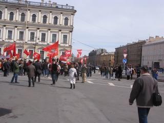 1 мая 2015 г. в Петербурге. Исаакиевская площадь. Резолюция о необходимости массовых расстрелов