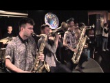 Lucky Chops - medley Mr. Saxobeat Funky Town Bad Romance I Feel Good 41715