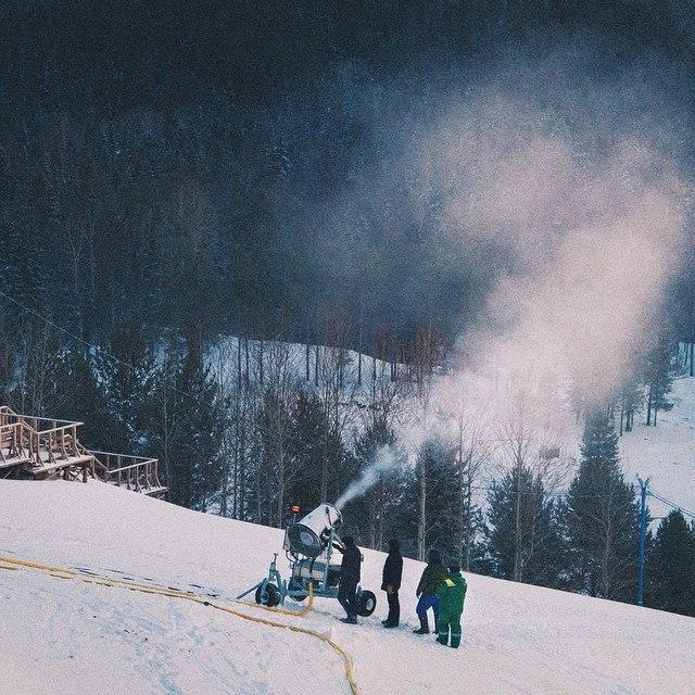 напыление снега
