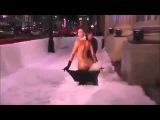 [18+] Kim Kardashian NAKED, FUNNY, NAUGHTY - Snow Blower Might! Ох, мужчины - ну придумают же!