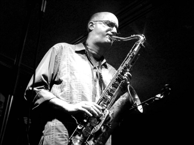 Body and Soul (live). Elvin Jones with Michael Brecker. 09-09-99 blue note NYC