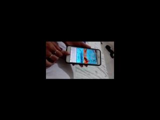 Жена пыталась разблокировать iPhone мужа пока он спит (6 sec)