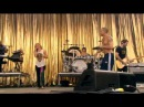 Shakira - Gordita (Featuring Calle 13) - Live Glastonbury 2010