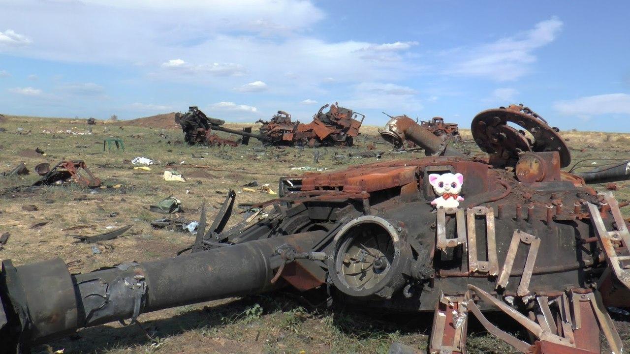 Уничтоженные у Старобешево российские танки Т-72БА и Т-72БМ - Цензор.НЕТ 3550