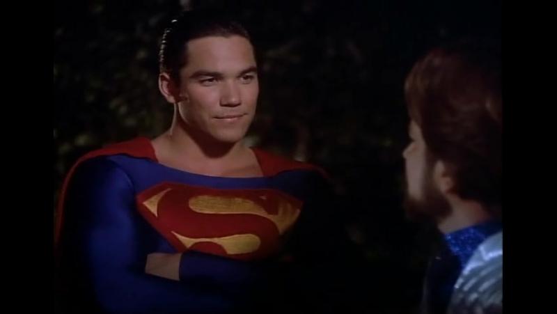 Зачем тебе дурацкий костюм? (отрывок из сериала Лоис и Кларк: Новые приключения Супермена)