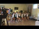 Невероятно зажигательный танец невесты и подружек!!!
