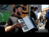 Scott Dunbar One Man Band Singing Michael Jackson's 'Billie Jean' DSC 2092