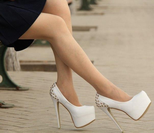 Последствия для члена от футджоба в туфлях 2 фотография