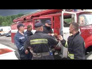Пожар на нефтебазе в Василькове: проводится эвакуация людей с ближайших сел