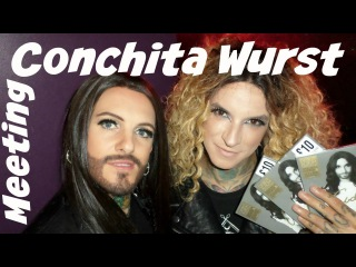 Meeting Conchita Wurst at Fopp London 2015 / United Funk Official