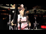 Yelawolf ft. Travis Barker - Billy Crystal_ Good To Go at XS Nightclub www.keepvid.com.mp4