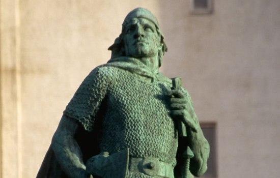 факты о лейфе эрикссоне лейф эрикссон был викингом. он открыл америку за 500 лет до того, как это сделал колумб.фамилия эрикссон происходит от отца лейфа — эрика рыжего. скандинавы получали