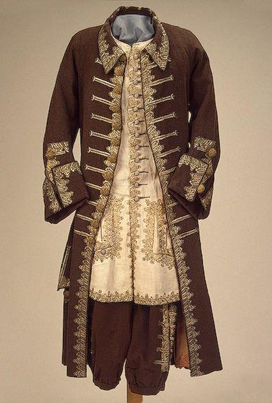 модная одежда 2012 верхняя