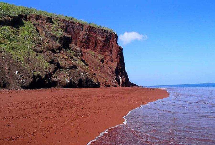 красные песок