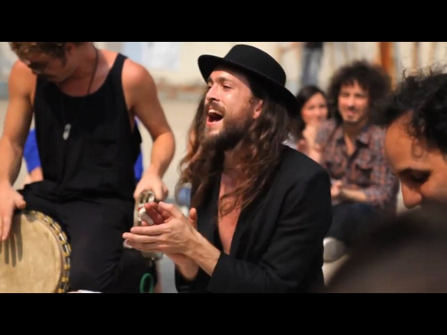 Edward Sharpe The Magnetic Zeros - Up From Below (live @ Parque Mexico, Mexico City) March, 2011