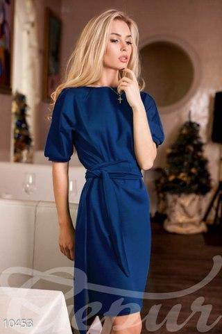 Платье футляр с рукавом фонарик фото