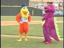 Бой Петуха и Динозавра