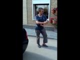 Серега бомж клип 4. Атри и Гансэлло Иду домой