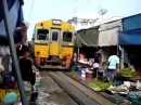 Маеклонг, рынок на рельсах - Maeklong Railway Market || ~ KSI TV ~ ||
