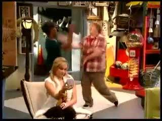 «Дайте Санни шанс» (2009 – 2011): Трейлер (сезон 1) / http://www.kinopoisk.ru/film/420449/