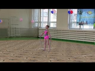 Выступление Ксении на соревновании по художественной гимнастике май 2015