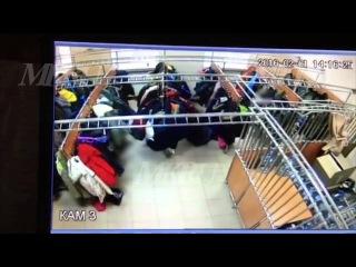 В московской школе в раздевалке семиклассники надругались над девочкой