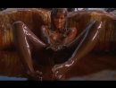 Откровенная сцена из фильма Сладкий фильм (Sweet Movie, 1974) | Откровенные сцены в кино, эротика, голая девушка