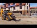 Трактор - экскаватор JCB 4CX отсыпка дороги песком