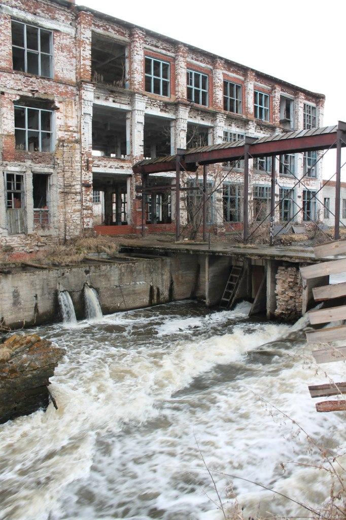 Фабрика в Камышево