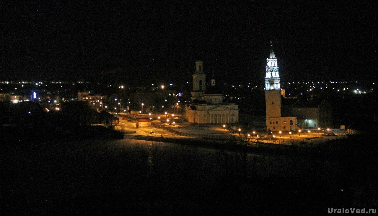 Ночной Невьянск
