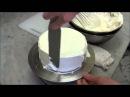 Самый простой и быстрый способ украшения торта сливками и клубникой как украсить торт кремом.