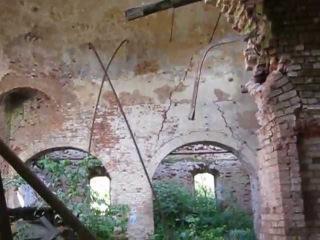 Забытая Россия. Заброшенная Карпиногорская церковь 1837 года на грани обрушения.